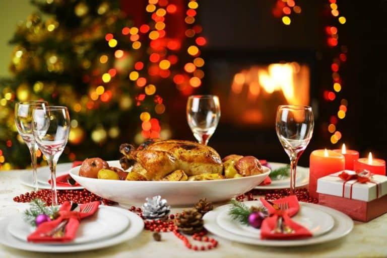 Η προετοιμασία του Χριστουγεννιάτικου τραπεζιού
